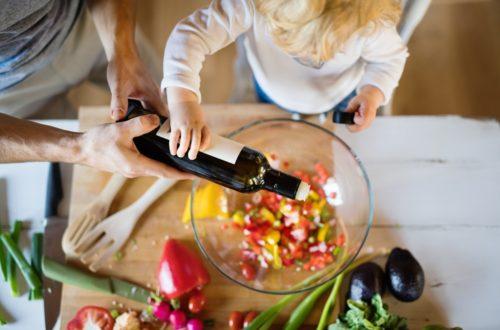 AOVE salud aceite de oliva virgen extra felicidad estado de ánimo felicidad aceite de oliva olivar aceituna La Comunal